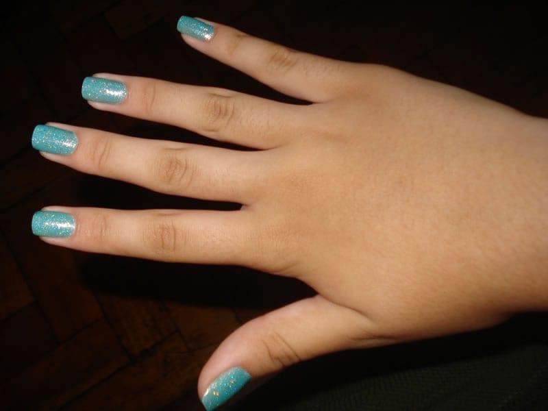 formato das unhas para tipos de dedos longos e grossos
