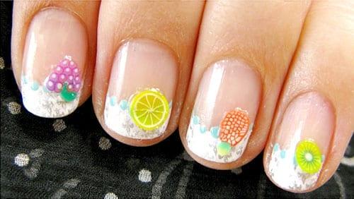 desenhos de unhas com adesivos de frutas